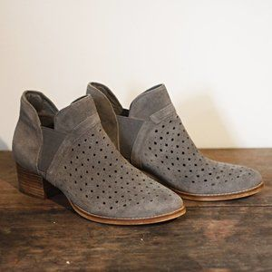 Earth Keren Suede Perforated Gray Ankle Boots